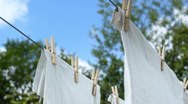 Kivágta a címkét a ruhából?Tapintással állapítsa meg a mosási hőfokot!
