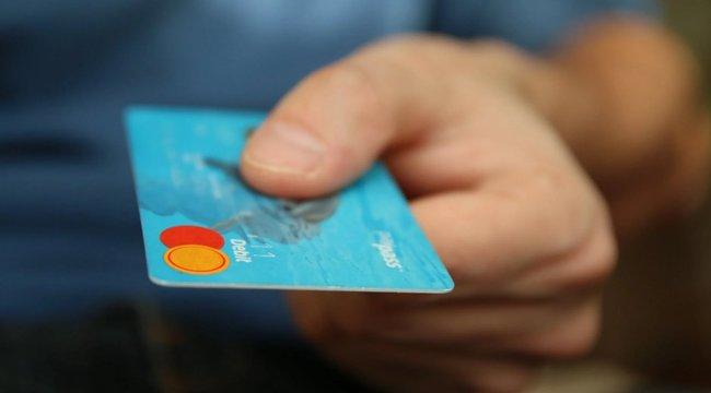 A Bors utánajárt:Webkártyával kerülheti ela csalókat