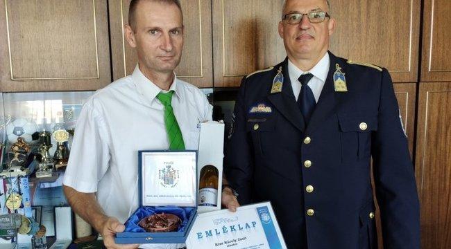 Kitüntetést kapott a hős miskolci buszsofőr