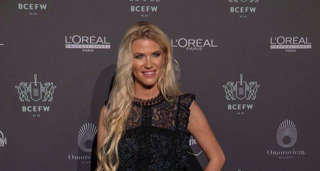 Ikertornyok: Vasvári Vivien édesanyja könnyen lehetne a luxusfeleség ikertestvére is