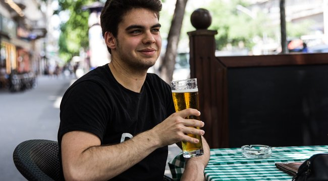 Többféle sör és üdítő lesz a vendéglátóhelyeken