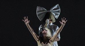 Harvey Weinsteintől mentette meg Sia 11 évestáncosát