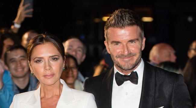 21 éve házasok – Tapadós ruha hozta össze Beckhaméket