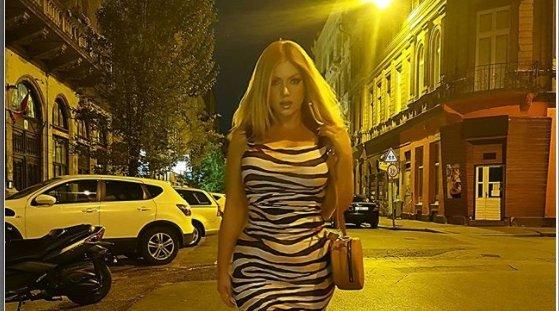 A zebramintás Tolvai Reni legalább olyan dögös, mint Beyoncé – fotók