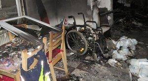 Mozgásképtelen élettársára gyújtotta a házát egymányi nő