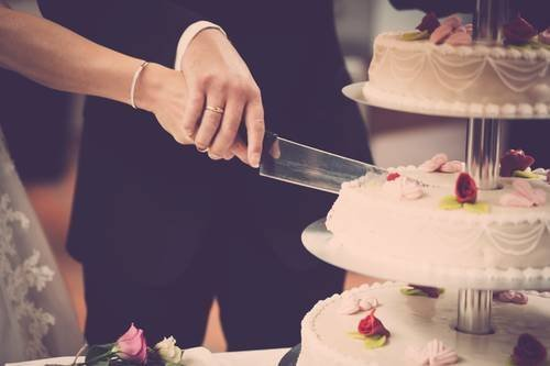 Rémálom: saját esküvői tortájától halt meg a menyasszony