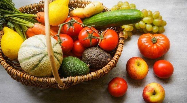 Átfogó zöldség-gyümölcs ellenőrzést tartottak a piacokon - Volt itt igazolvány bevonás is!