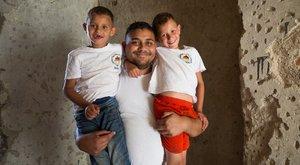 Hétköznapi hős: éhező gyerekeket tanít sütni az intézetis Alex