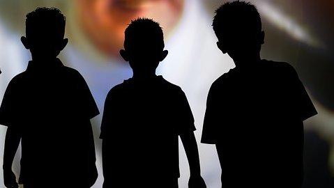 Gyerekek erőszakoltak meg egy ötéves kisfiútAusztráliában