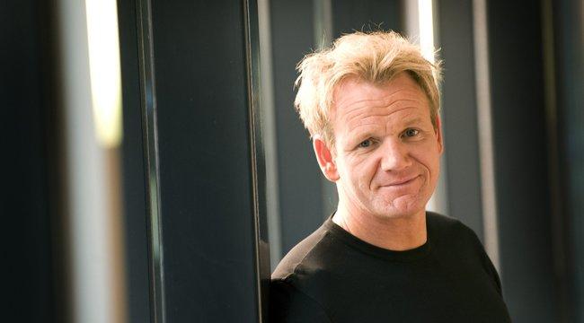 Gordon Ramsay főz az ifjú Beckham hatalmas lagziján