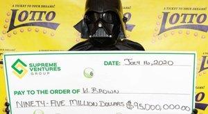 Lottónyertes lett Darth Vader – 200 milliót vihetett haza