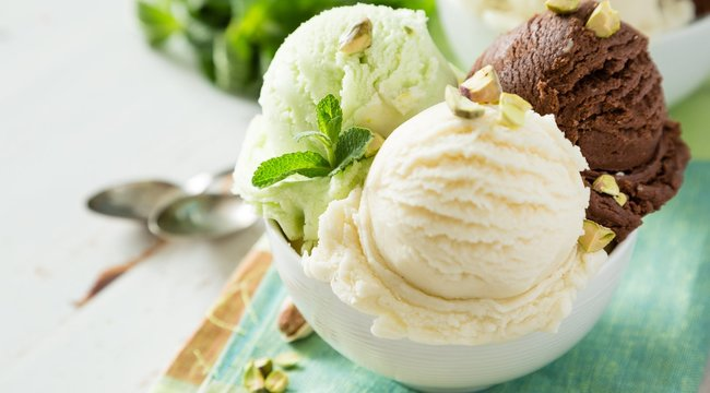 A díjnyertes fagylaltkészítő házi receptjeivel garantált a siker! – videó
