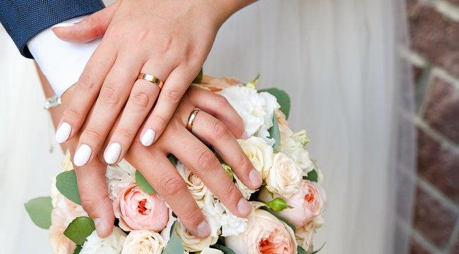 Véletlennek köszönheti a pár a lenyűgöző esküvői fotóit