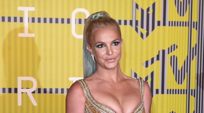 220 ezren követelik: Szabadítsátok ki Britney-t!