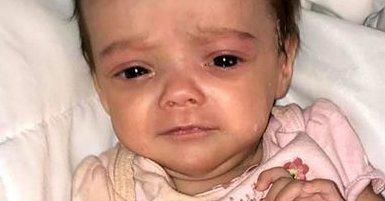 Véres pelenkában fotózta három hónapos kislányát a horrorapa