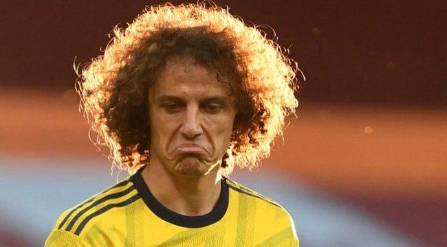 1,7 milliót kapott a focista egy sírós fotója miatt