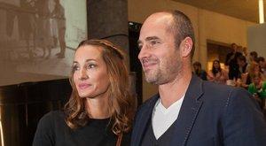 Szívszorító szavak - Benedek Tibornak üzent felesége: Amikor megláttalak, szerelembe estem, és te mosolyogtál