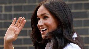 Ma 39 éves Meghan Markle, ezzel a képpel köszöntötte őt II. Erzsébet királynő – fotó