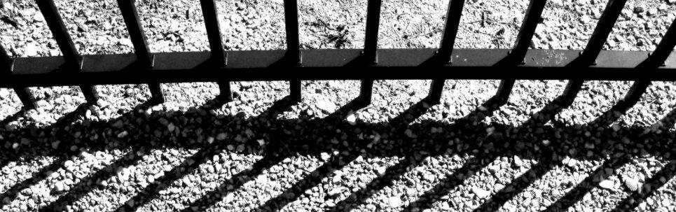 Ágy alá rejtette a megerőszakolt nő holttestét a horrorpár – Undorító, mi mindent tettek vele – 18+