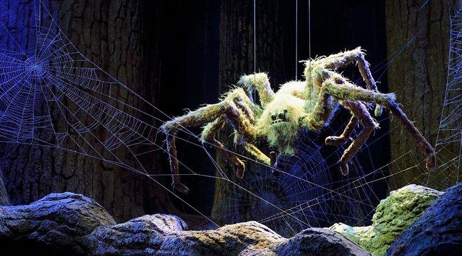 Démoni pók zavarta meg a békés otthoni tévézést egy kisgyerekes családban