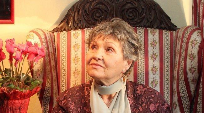 Unokájával töltötte a hétvégét Pécsi Ildikó