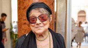 Csűrös Karola: Az elhunyt férjem nincs ott a temetőben!