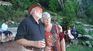 Megszakadt a szíve: felesége halála után 16 órával a férj belehalt a gyászba