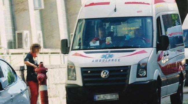Vigyázat: mentősöket utánzó szélhámosok veszélyeztetik a betegek életét