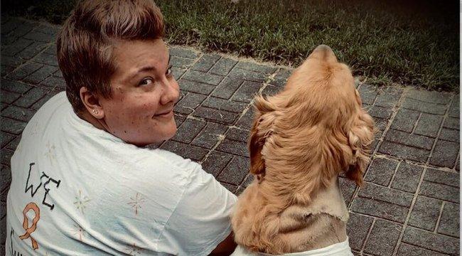 Megható: együtt győzte le a rákot a gazdi és a két kutyája