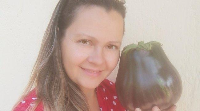 Szeretettől nőtt óriássá Renáta padlizsánja