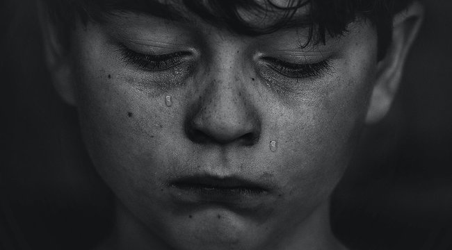 Brutális erőszak: nyilvános vécében erőszakolt meg egy 12 éves fiút egy hajléktalan