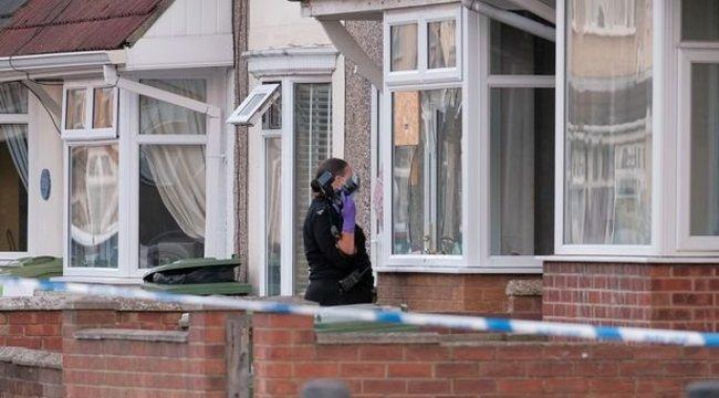 Bizarr sztori: az ablakon keresztül, csurom véresen menekült a bordélyházból a pucér férfi – 18+