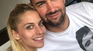 Tápai Szabinát beindítja, ha meztelenfotókat küldözget neki a férje