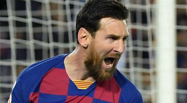 Dől a lé: Messi a második milliárdos futballista a világon