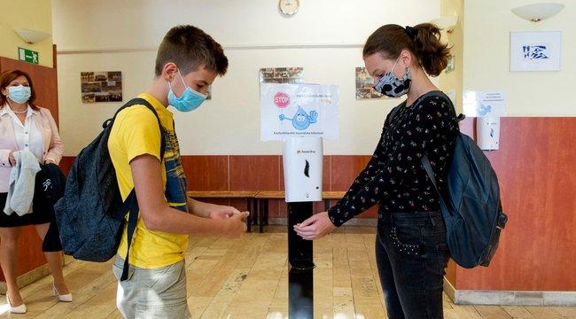 Koronavírus:Mit tehet a szülő, hogy ne kelljen bezárni a sulit?