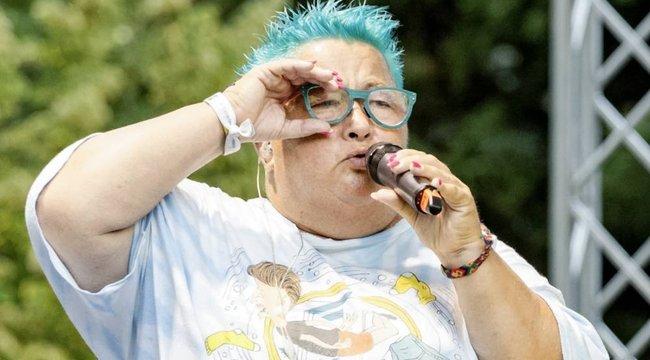 Pa-dö-dő dalok helyett jazzt énekel Falusi Mariann