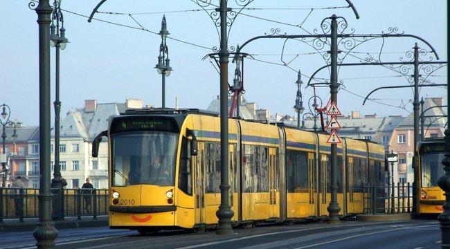 Karbantartás miatt nem járnak a villamosok a Szabadság hídon és a Kiskörúton hétvégén