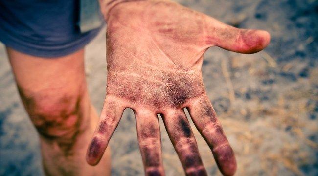 Vétkeztek, ezért három tinédzser ujjait vágják le hamarosan Iránban a hatóságok: elképesztően pitiáner az ok