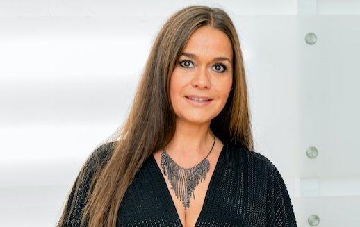 Ide kattintva lehet irigykedni: 50 éves, de 30-nak néz ki a bikinis Geszler Dorottya - Fotó