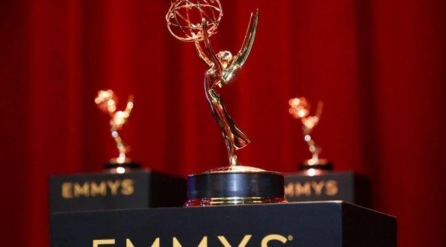 Rendhagyó Emmy-gála: volt, aki pizsamában várta, kap-e díjat