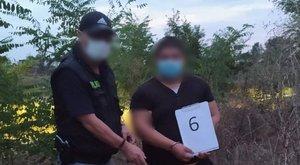 Olyat tett egy padon alvó férfival két debreceni fiatal, hogy azonnal őrizetbe vették őket