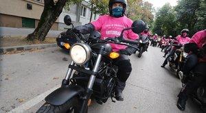 Rózsaszínben szelték át a motorosok Budapestet – Fontos ügyért harcolnak!