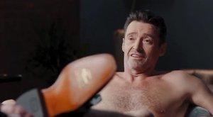 Pucéron terpeszt Hugh Jackman a legújabb reklámfilmjében, és igen, az is látszik – videó