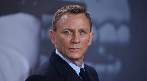 Jaj ne! Már megint elhalasztották az új James Bond-film premierjét