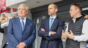 Csányi Sándor segítségével háromszor annyian láthatják Budapesten Messit és Ronaldót