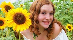 Horror: hathetes gyermekük szeme láttára végezte ki barátnőjét a tini