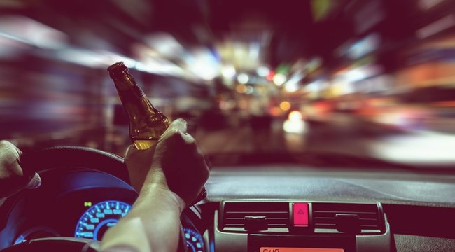 Nincs ennél aljasabb húzás: nem elég, hogy részegen gázolt halálra valakit egy salgótarjáni férfi, még az egészet rá is kente a barátjára