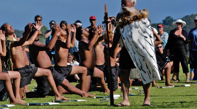 Városi legenda: Még mindig él a maori átok -Figyeli a sámán, ki nem tartja be a törvényeket