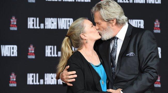 Az Oscar-díjas színész 43 éve imádja a feleségét, akibe első látásra beleszeretett – ez az igazi Love Story