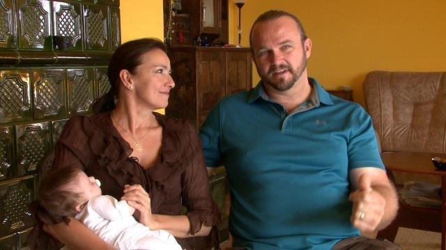 Megmutatta kisbabáját Závodszky Noémi, aki 51 évesen lett először anyuka – videó